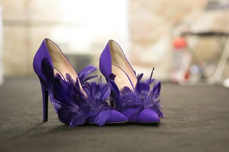 Se c è un accessorio del quale noi donne siamo maniache sono proprio le  scarpe. 259a80aaa8c