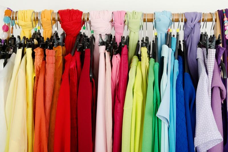 colori-indossi-guardaroba